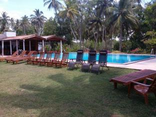 /darwins-beach-resort-tangalle/hotel/tangalle-lk.html?asq=jGXBHFvRg5Z51Emf%2fbXG4w%3d%3d