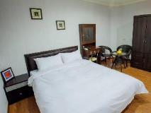 Lin Sen House: guest room