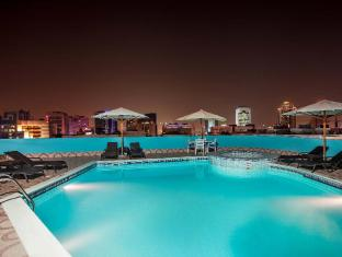 Flora Grand Hotel Dubai - Swimming Pool