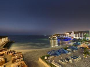 Dubai Marine Beach Resort & Spa Dubai - Beach