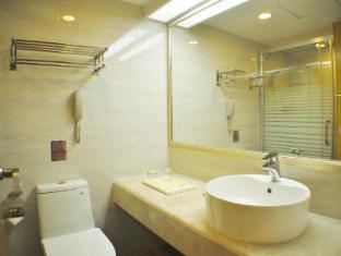 โรงแรมฟู หัว กวางตุ้ง มาเก๊า - ห้องน้ำ