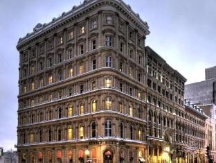 /da-dk/hotel-place-d-armes/hotel/montreal-qc-ca.html?asq=jGXBHFvRg5Z51Emf%2fbXG4w%3d%3d
