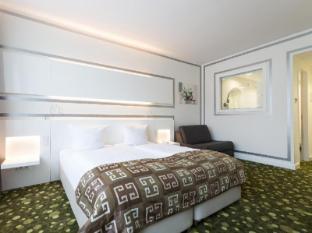 /hotel-bayer-s/hotel/munich-de.html?asq=jGXBHFvRg5Z51Emf%2fbXG4w%3d%3d