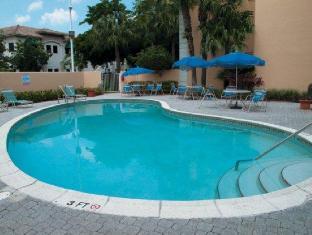 /la-quinta-inn-suites-miami-lakes-hotel/hotel/miami-fl-us.html?asq=jGXBHFvRg5Z51Emf%2fbXG4w%3d%3d