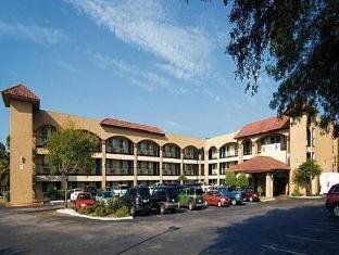 /ca-es/super-8-university-downtown/hotel/austin-tx-us.html?asq=jGXBHFvRg5Z51Emf%2fbXG4w%3d%3d