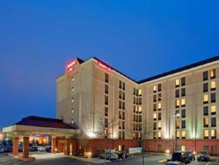 /hampton-inn-boston-logan-airport/hotel/boston-ma-us.html?asq=vrkGgIUsL%2bbahMd1T3QaFc8vtOD6pz9C2Mlrix6aGww%3d