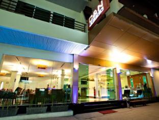 C & N 酒店