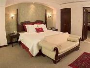 King Room with Whirlpool Bathtub