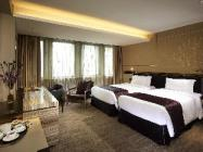 Platinum Grand King or Twin Room with Extra Bed