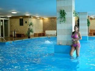 /fi-fi/hotel-baronka/hotel/bratislava-sk.html?asq=5VS4rPxIcpCoBEKGzfKvtE3U12NCtIguGg1udxEzJ7nKoSXSzqDre7DZrlmrznfMA1S2ZMphj6F1PaYRbYph8ZwRwxc6mmrXcYNM8lsQlbU%3d