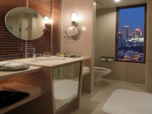 Courtyard by Marriott Bangkok Bangkok - Bathroom