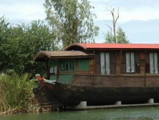 /tr-tr/mom-chailai-river-retreat-hotel/hotel/nakhon-pathom-th.html?asq=jGXBHFvRg5Z51Emf%2fbXG4w%3d%3d