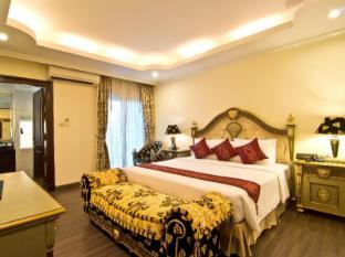 LK Royal Suite Hotel Pattaya - Versace Suite Jacuzzi