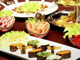 Intimate Hotel Pattaya - International Buffet