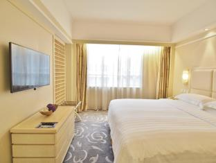 Guangdong Hotel Hong Kong - Bilik Tetamu