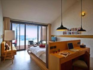 Baan Talay Resort Samui - Beachfront