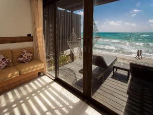 Baan Talay Resort Samui - Beachfront Bungalow
