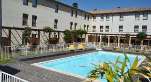 /les-oliviers-carcassonne-cite/hotel/carcassonne-fr.html?asq=jGXBHFvRg5Z51Emf%2fbXG4w%3d%3d