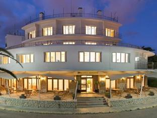 /fi-fi/hotel-cenit-apts-sol-y-viento/hotel/ibiza-es.html?asq=vrkGgIUsL%2bbahMd1T3QaFc8vtOD6pz9C2Mlrix6aGww%3d