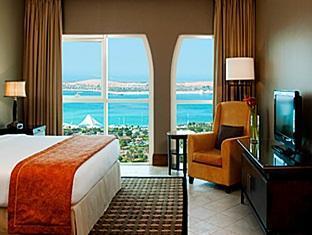 Sheraton Khalidiya Abu Dhabi Hotel Abu Dhabi - Guest Room
