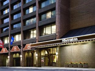 /sheraton-ottawa-hotel/hotel/ottawa-on-ca.html?asq=5VS4rPxIcpCoBEKGzfKvtBRhyPmehrph%2bgkt1T159fjNrXDlbKdjXCz25qsfVmYT
