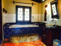 Lao Spirit Resort: bathroom