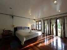 Thavonsouk Resort: guest room
