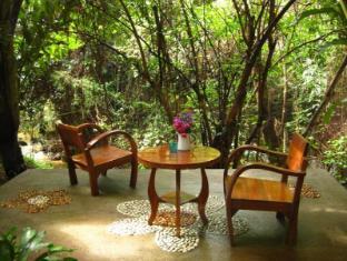 Proud Phu Fah Hotel Chiang Mai - Surroundings