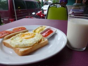 Sawasdee Welcome Inn Hotel Bangkok - Food and Beverages