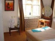 Soba s francosko ali dvema ločenima posteljama