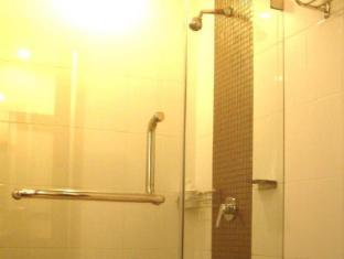 Maninarakorn Hotel Chiang Mai - Bathroom