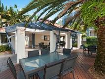Sandcastles on the Broadwater: balcony/terrace