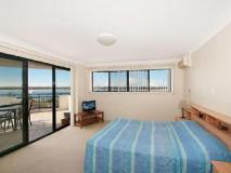 Sandcastles on the Broadwater: guest room