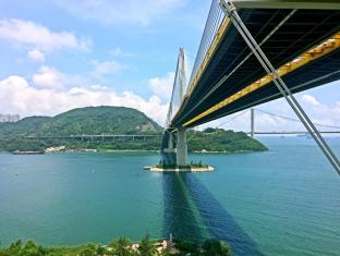 Royal View Hotel Hong Kong - Ting Kau Bridge