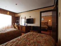 Lisboa Hotel: guest room