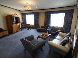 Lisboa Hotel Macau - Guest Room