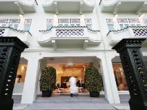 Singapore Hotel   entrance