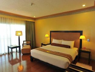 Waterfront Insular Hotel Davao Davao City - Suiterom
