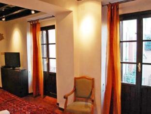 特拉斯提弗列迷人陽台雙臥室公寓