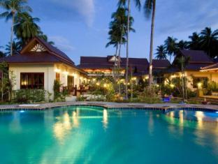 Kanok Buri Resort