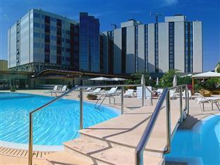 /nl-nl/grand-hotel-tiziano-e-dei-congressi/hotel/lecce-it.html?asq=jGXBHFvRg5Z51Emf%2fbXG4w%3d%3d