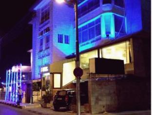 Orient Land Hotel