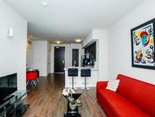 Downtown Iris Apartment