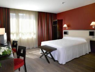 /nh-sant-boi-hotel/hotel/sant-boi-del-llobregat-es.html?asq=jGXBHFvRg5Z51Emf%2fbXG4w%3d%3d