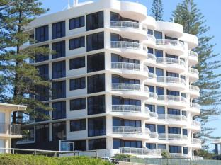 Albatross North Apartments