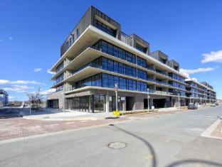 Accommodate Canberra - Dockside
