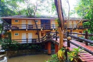 /the-sun-resort-and-restaurant/hotel/koh-phayam-ranong-th.html?asq=jGXBHFvRg5Z51Emf%2fbXG4w%3d%3d