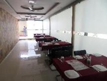 Hotel Pratham Executive: restaurant