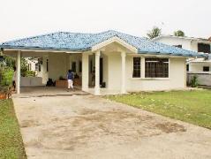 Villa Tanjung Aru | Malaysia Budget Hotels