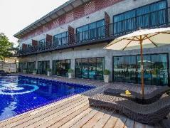 The Bike Loft Hotel | Thailand Cheap Hotels
